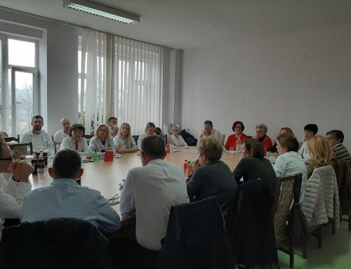 U UKC Tuzla je održan okrugli sto 19.12 2019. organizaciji Donorske mreže BiH i Klinike za anesteziologiju i reanimatologiju UKC  Tuzla